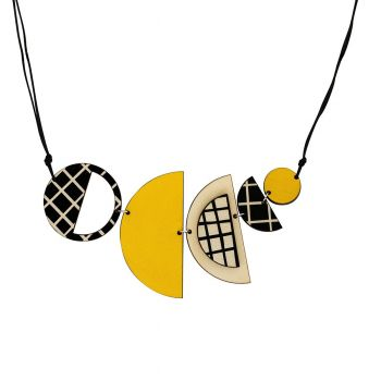 Semi-circle cross necklace in yellow