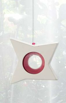 1 Boxed Hanging White Pottery Ceramic Outdoor Decoration Star Tealight Candle Holder - Red Centre