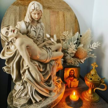 Mary and Jesus Ivory Statue