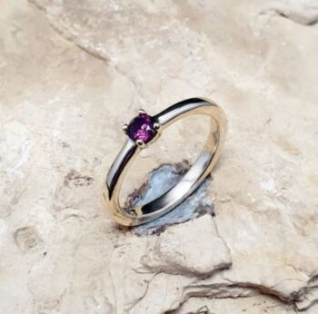 9ct Yellow Gold Garnet and Topaz ring