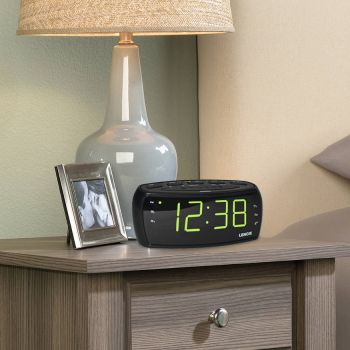 CLOCK RADIO 1.8' WHITE LED