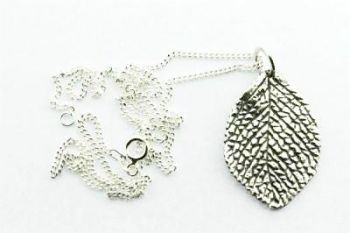 Small Textured Leaf Pendant on 60 cm Link Chain