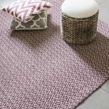 """Hand Made Jute-Cotton Flatweave Rug """"Chevron"""" in Red. Size 200x290 cm"""