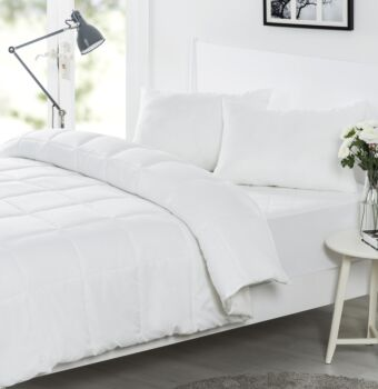 Dreamaker Bed In A Bag  - Double Bed (Quilt, Pillow, Mattress Protector)
