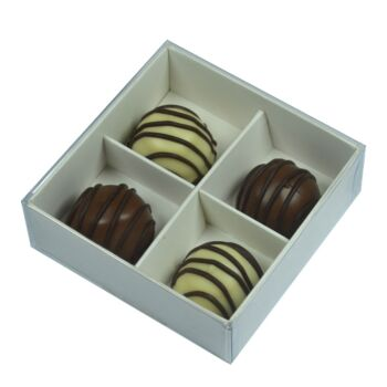 50 Pack - 4 Compartment Bay Section White Chocolate Gift Product Food Grade Bomboniere Favour Box - Clear Slide On Lid - 8x8x3cm