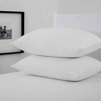 Dreamaker Cool Touch Pillow Protector